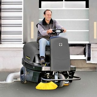 Karcher KM100/100 Floor Sweeper - Ride-on